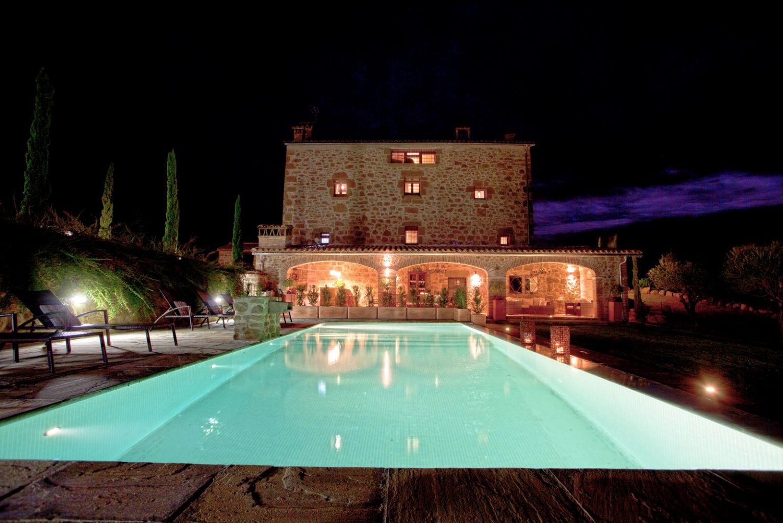 Casa rural con piscina apartamento en casa rural con for Casa rural con piscina climatizada cantabria